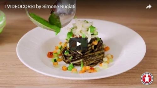 Linguine al nero di seppia con verdure croccanti e seppioline